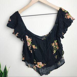 (2 for $15) Off the shoulder cropped floral top
